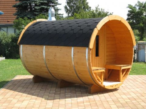11x7 Viking Sauna Barrel with Changing Room Option