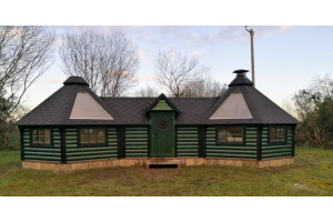 Double BBQ Hut with extension