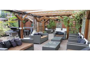 Pub Garden Ireland