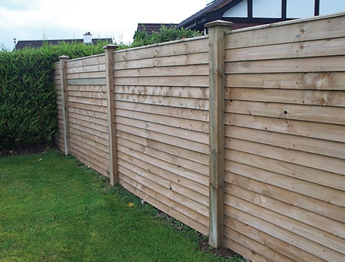 Shed Factory - 933mm x 1830mm Feather Edge Budget Fence Panel